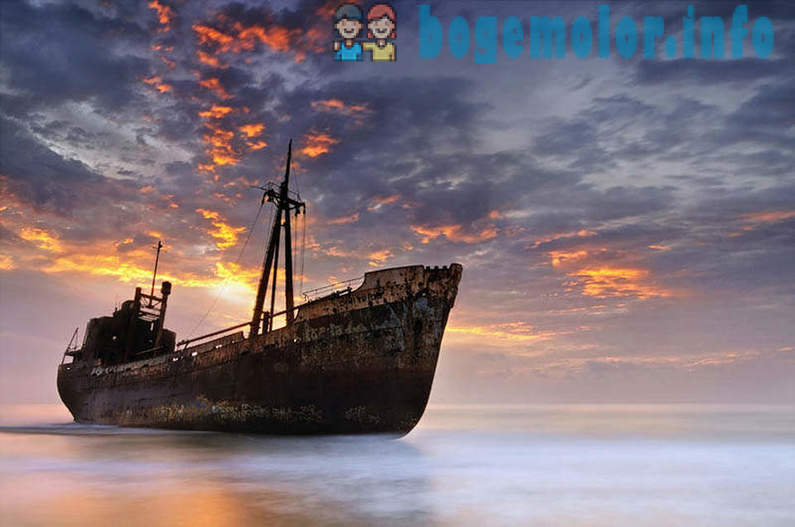 25 abandoned ships in different parts of the world