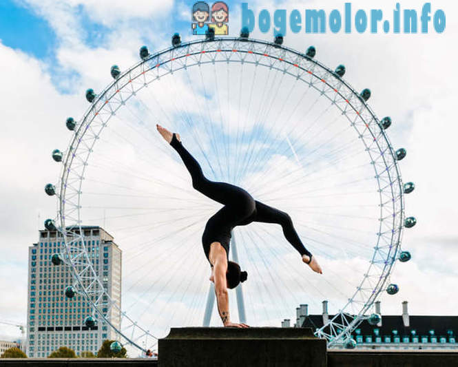 Top athletes do yoga on the background of the famous sights