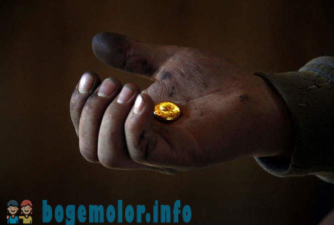 Black diggers - as in Mongolia mine gold